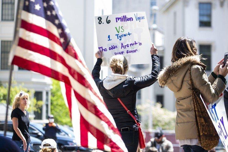 Coronavirus aux Etats Unis les manifestations anti confinement se multiplient